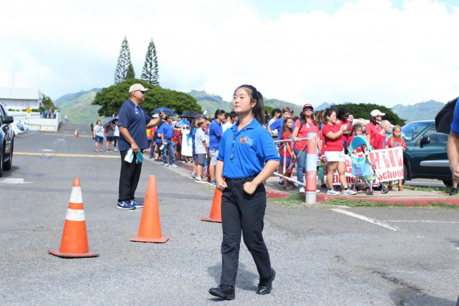 Mari+Shimabukuro+leads+the+marching+band+at+the+Moanalua+High+School+Homecoming+Parade.+Shimabukuro+is+the+first+female+drum+major+in+over+10+years.+