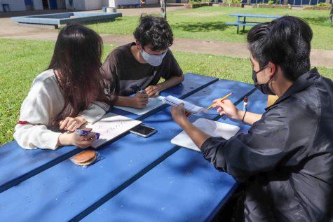 Peer senseis help Japanese language students